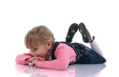 härligt blont barn 4 arkivfoto