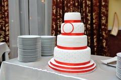 härligt cakebröllop arkivbilder