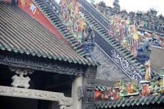härligt chen guangzhou s skulpturtempel Arkivfoton