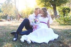 härligt dagbröllop Arkivfoton