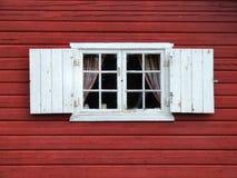 härligt dekorativt gammalt fönster Royaltyfri Fotografi