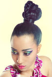 härligt färgrikt makeupkvinnabarn Arkivbild
