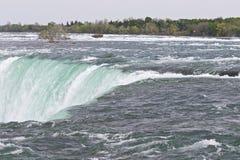 Härligt foto av den fantastiska Niagara Falls kanadensaresidan Arkivbild