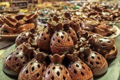 Härligt handgjort keramiskt från Lombok royaltyfria bilder