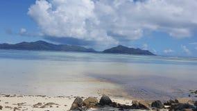 Härligt hav av Seychellerna Fotografering för Bildbyråer