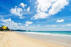 Härligt hav strandkaron phuket thailand askfat Royaltyfria Foton