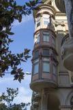 Härligt hus i Barcelona Arkivfoton