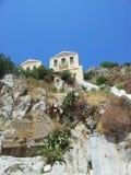 Härligt hus i sten Arkivfoton