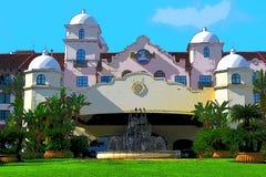 Härligt illustrationfotografi av den Kalifornien beskickning-stil fasaden på hårt vaggar hotellet arkivfoton
