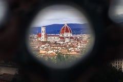 Härligt inrama av Florence& x27; s-domkyrka, duomoen Royaltyfria Bilder