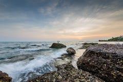 Härligt klart hav 02 för sten Arkivfoton