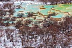 Härligt klart vatten i Huanglong Royaltyfria Bilder