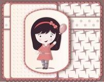 Härligt kort i scrapbooking stil med den gulliga flickateckningen Royaltyfri Fotografi