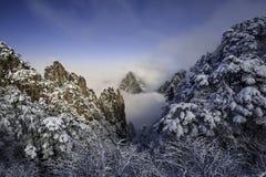 Härligt landskap av det Huangshan berget Royaltyfri Foto