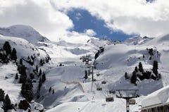 Tyrol skidar semesterorten Arkivfoton