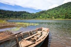 Härligt landskap av Lagunaen Verde i Apaneca, El Salvador Arkivfoto