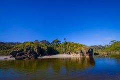 Härligt landskap av västkusten av den södra ön, i Nya Zeeland royaltyfria foton