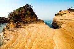 Härligt landskap med den populära kanalen för klippor av ` A för förälskelsekanal D Arkivbild