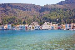 Härligt landskap på den grekiska ön av Kastelorizo arkivfoton