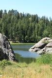Härligt landskap på Sylvan Lake Fotografering för Bildbyråer