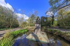 Härligt landskap runt om Holland Park arkivbilder