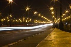 Härligt ljus på huvudvägen Arkivfoto