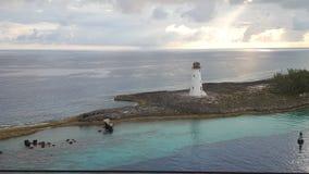 Härligt ljust hus i Bahamas arkivbild