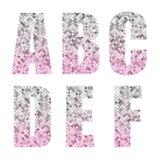 Härligt moderiktigt blänker alfabetbokstäver med silver till rosa ombre stock illustrationer
