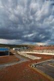 Härligt moln på en fabrik Royaltyfri Foto