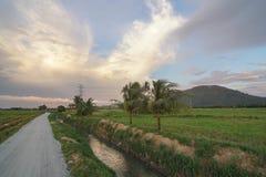 Härligt molnbildande på landsbygden Royaltyfri Foto