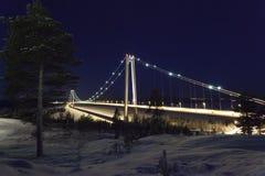 Härligt natur- och landskapfoto av Sverige Skandinavien med bron Hoga Kusten Arkivfoto
