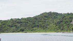 Härligt och tomt hav i Thailand Arkivbild