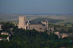 Härligt panorama- foto av Alcazarslotten i Segovia Arkitektur lopp, historia arkivbild