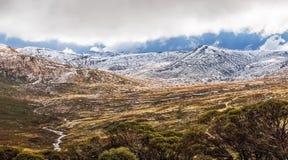 Härligt panoramalandskap av den Mount Kosciuszko nationalparken, Royaltyfria Bilder