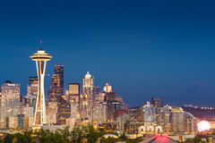 Härligt skymningögonblick i Seattle Arkivfoto