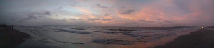 Härligt solnedgånghav Arkivbild