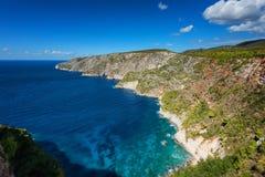 Härligt sommarlandskap uppifrån av de branta klipporna på Kampi på ön av Zakynthos, Grekland Arkivfoto