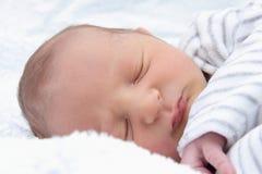 Härligt sova behandla som ett barn Arkivbilder
