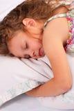 Härligt sova för liten flicka Royaltyfri Fotografi
