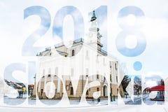 Härligt stadshus i den huvudsakliga fyrkanten, Kezmarok, Slovakien, PF 2018 Arkivbilder