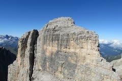 Härligt stenigt berg arkivbild