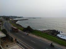 Härligt strandsidoläge av Sri Lanka royaltyfri bild