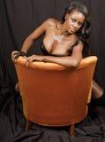 härligt svart kvinnabarn Arkivbild