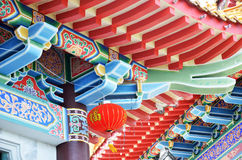 Härligt tak av den kinesiska templet, Kek Lok Si tempel Penang arkivbild