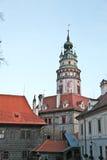 Härligt torn av den Cesky Krumlov slotten Royaltyfri Fotografi