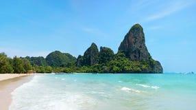 härligt tropiskt för strand Railay strand i det Krabi landskapet, Thaila Royaltyfri Fotografi
