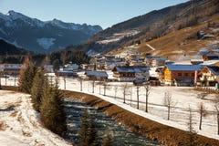 Härligt vinterlandskap i Gerlos, Österrike Arkivbild