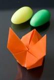 Häschen Ostern-Origami lizenzfreie stockfotos