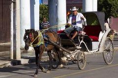 Häst dragen vagn i Camaguey, Kuba Arkivbilder