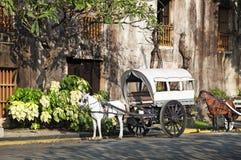 Häst drog Calesa, Manila - Filippinerna royaltyfria bilder